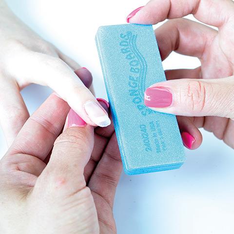 Buffa lätt för fina formen lär du dig på vår populära nagelterapeut kurs